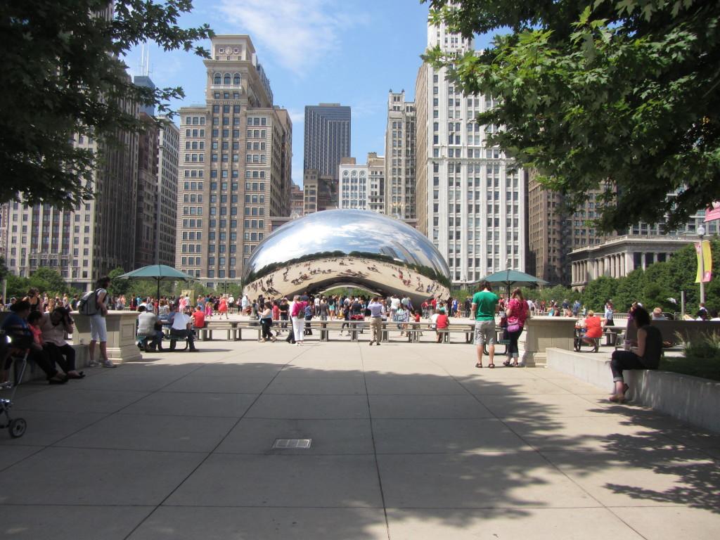 The huge mirrored kidney bean in Millenium Park